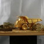 11 relatiegechenk Diorama Caterpillar