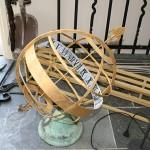8 voor restauratie zonnewijzer